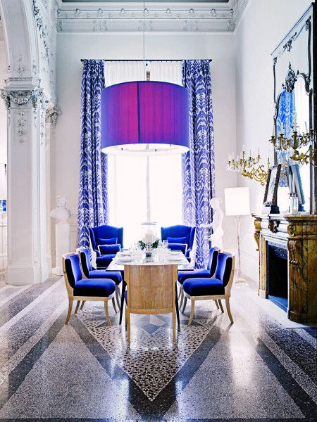 Electric blue dining room!: Interior Design, Strong Colour, Blue Chairs, Room Design, Electric Blue, Blue Dining Rooms