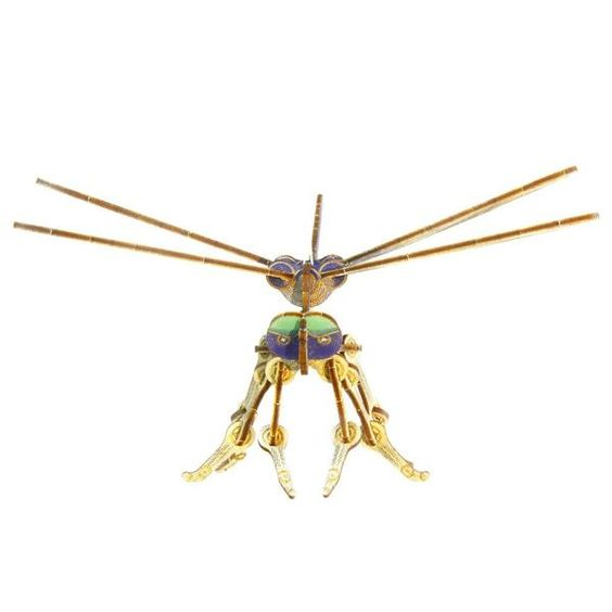 Equal parts elegant and scientific, the Dragonfly DIY Model by JCR WORK lets you bring this majestic winged insect into your home.
