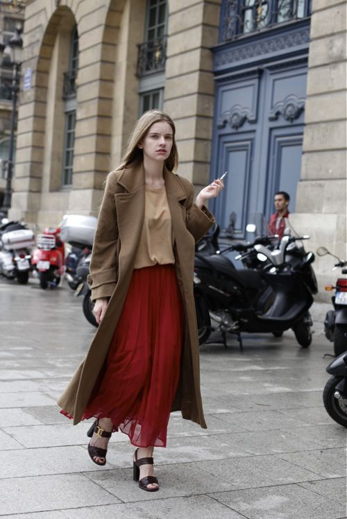 //: Style Streetstyle, Red Maxi Skirts, Camel Coat, Streetstyle Neutrals