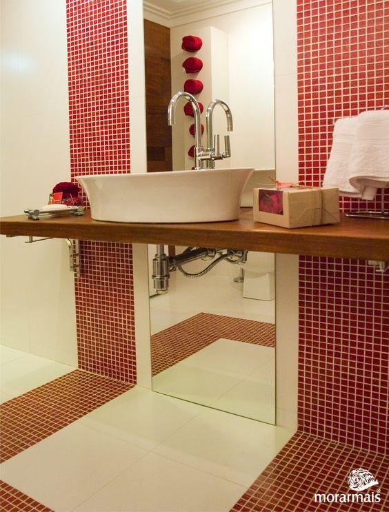 Banheiro Social Feminino por Mônica Tfardowski, Marcelo Tfardowski e Henrique Balaroti no Morar Mais Curitiba