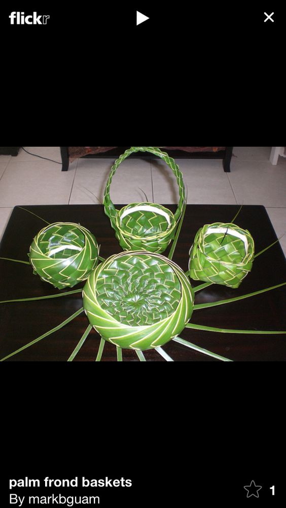 How To Weave Palm Fronds Into A Basket : Palm frond baskets weaving art pand leaf