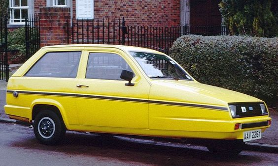 Reliant robin...ummmm, where are the front wheels???