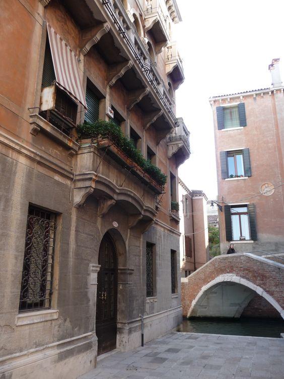 Fachadas e pontes - Veneza.