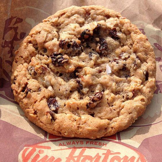 oatmeal raisin spice cookie tim hortons tim horton 39 s. Black Bedroom Furniture Sets. Home Design Ideas