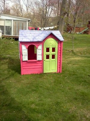I'd been looking for one of those older Little Tikes playhouse's for a while to redo. I saw someone on Pinterest redid one with spray paint ...