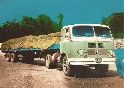 O cavalo mecânico MB LP-331 puxando a carreta e posando junto ao seu motorista, o pai do Antonio Martin.