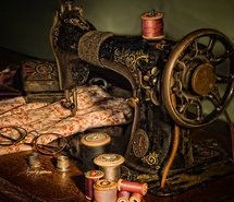 Inspiring picture live, pretty, sewing machine, thread, vintage. Resolution: 458x550. Find the picture to your taste!