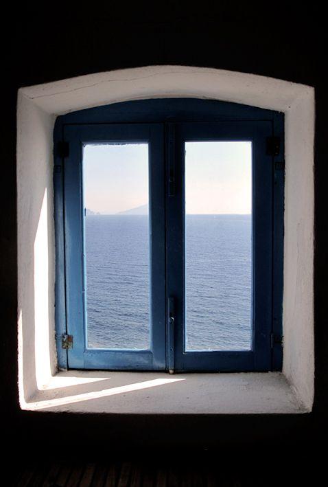 Window, Casa Maria Free : Bed & Breakfast Maresole, Ginostra, Stromboli (Aeolian Islands)
