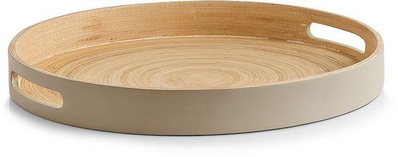 Dieses praktische Tablett wurde aus hochwertigem Bambus hergestellt.