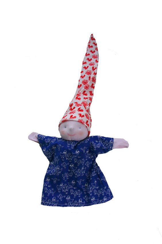 Handpop babypopje rood en blauw Nederlandse print door MijnPopje, €11,95