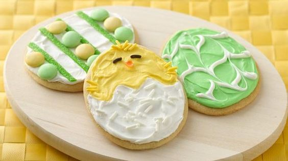 These adorable Easter cookies get an easy start from refrigerated dough. Make marbled or candy-decorated eggs, or cute Easter chicks -- all from the same batch!