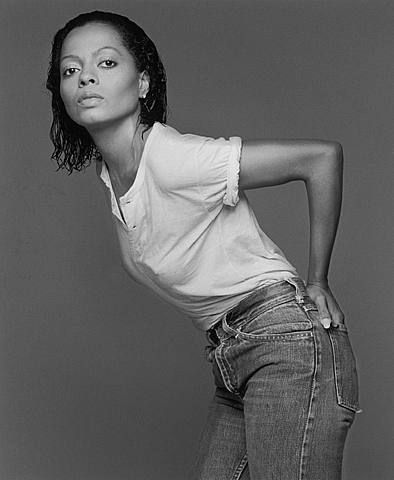 Francesco Scavullo, Diana Ross  (I love this photo of her, it's stripped of make up, fashion dress, just Diana Ross is left with a little edge.)