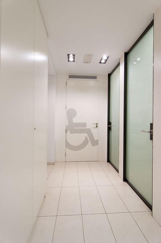 CIM Formación Barcelona tiene espacios habilitados para los discapacitados.