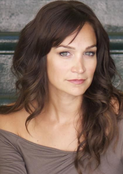 Australian Actress Nicole da Silva love her hair!