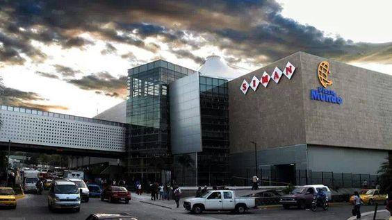 Centro comercial Plaza Mundo, en Soyapango, San Salvador