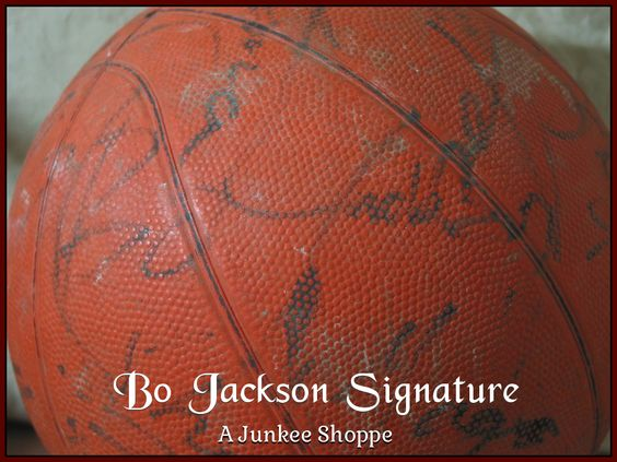 AUTOGRAPHED Basketball Star Signed Through The Decades Not Authenticated Bo Jackson 954  http://ajunkeeshoppe.blogspot.com/