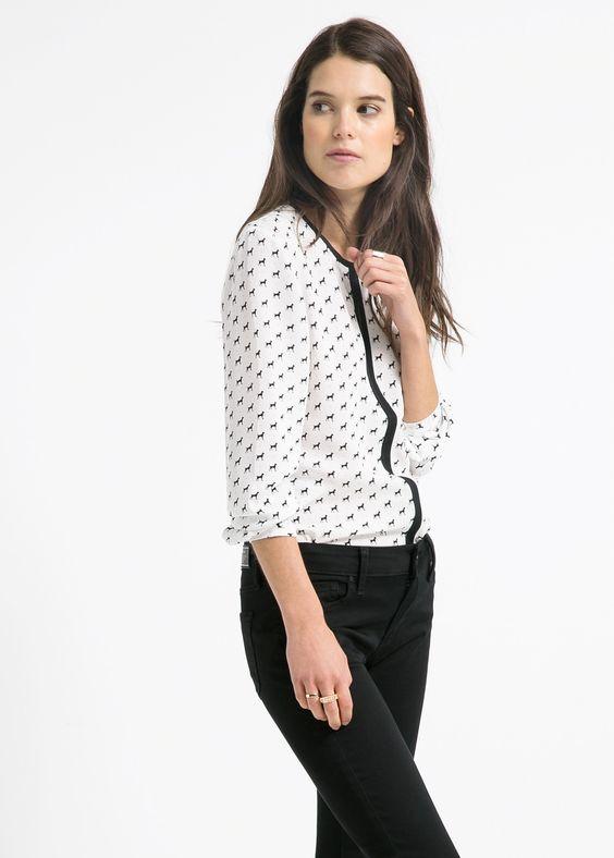Trim printed blouse