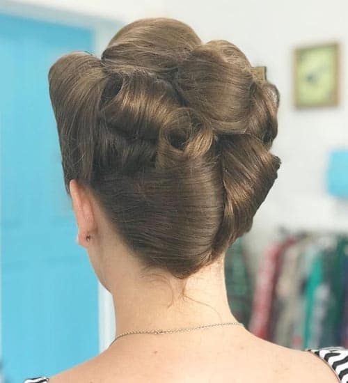 2021 Haircut Trends Female:, The French twist hairstyle