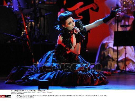 Melissa Mars @ Showcase Mozat l'Opéra Rock @ Théâtre Marigny 23/03/09 © Newscom