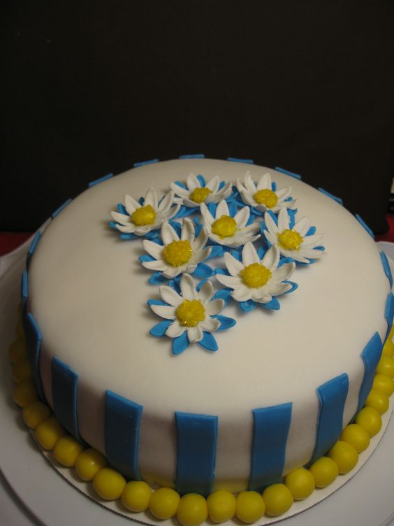 My first try at fondant