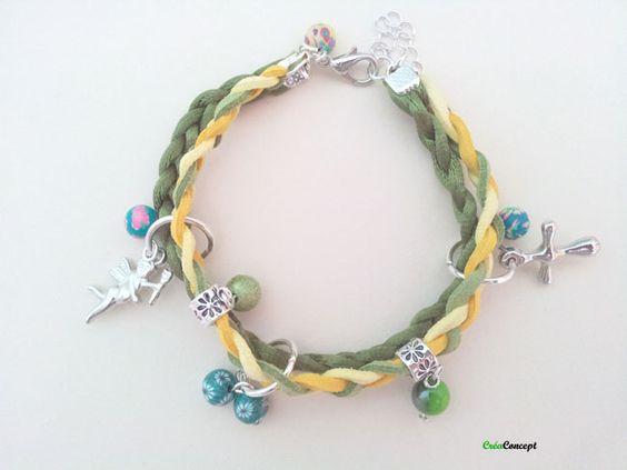 bracelet de suedine, ruban, breloques et perles - Création creaConcept http://www.alittlemarket.com/boutique/creaconcept-899765.html