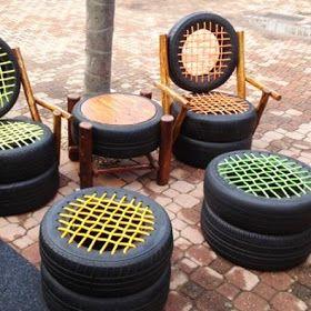 ARTESANATO COM QUIANE - Paps,Moldes,E.V.A,Feltro,Costuras,Fofuchas 3D: ideia de cadeiras e mesa de pneu