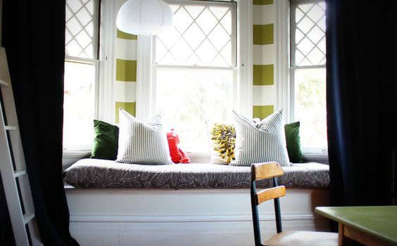 Stylish design ideas for window with a niche - a place for rest and work. More information: http://wonderdump.com/stylish-design-ideas-for-window-with-a-niche-a-place-for-rest-and-work/