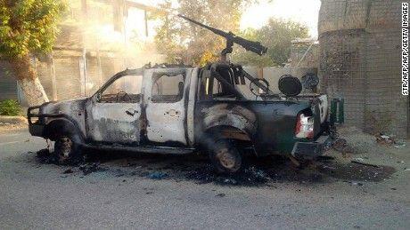 Rangkaian Operasi Mujahidin IIA: Pasukan rezim menderita kekalahan dalam pertempuran di Saripul  AFGHANISTAN (Arrahmah.com) - Laporan dari provinsi Helmand mengatakan bahwa pada Senin (20/6/2016) siang 2 tentara nasional Afghan (ANA) ditembak dan tewas di tempat oleh seorang sniper di daerah Darab Charrahi dan area Kamp di distrik Marjah.    Mujahidin Imarah Islam Afghanistan (IIA) menyerang seorang komandan tentara rezim didaerah Kotrama distrik Siyad provinsi Saripul pada Ahad(19/6) malam…