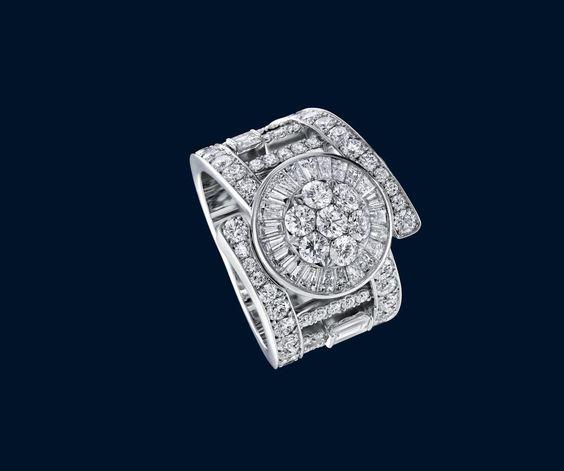 Harry Winston : Qipao diamond ring