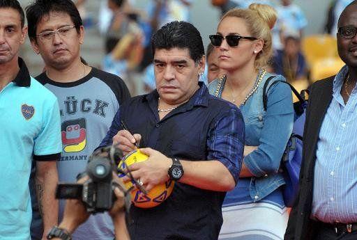 Maradona ataca al árbitro español que dirigió Brasil vs. Colombia | Rumbo Brasil 2014 - Yahoo Deportes