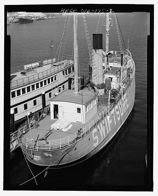 Lightship No. 83, South Lake Union Pier, Seattle, King County, WA | Library of Congress
