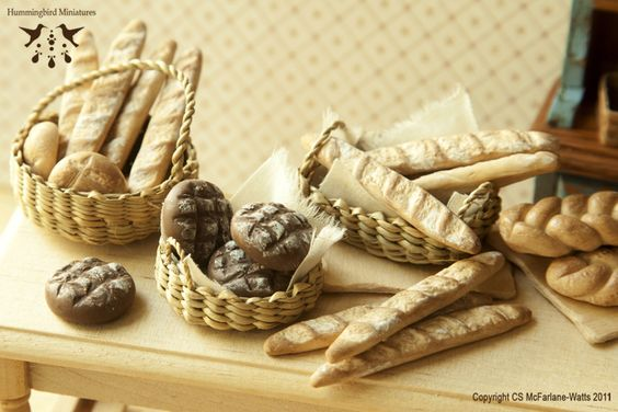 Miniature Bread by Hummingbird Miniatures