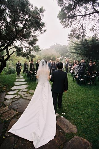 The Hastings House for garden weddings at a beachfront location in Half Moon Bay, California