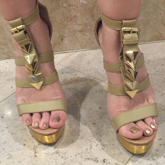 bebe Shoes - Bebe platform high heel sandals