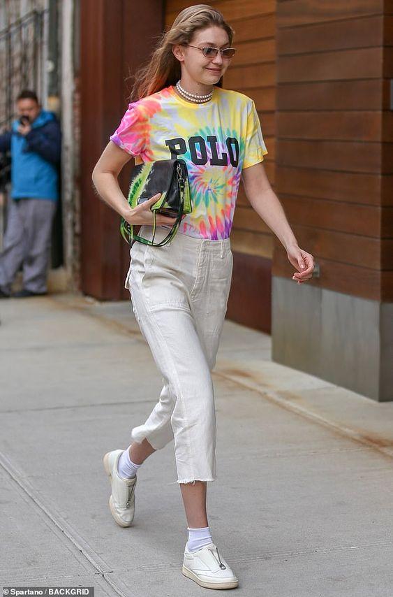 """2021 Say""""Good Bye"""" ke 7 Fashion Item Ini Yuk"""