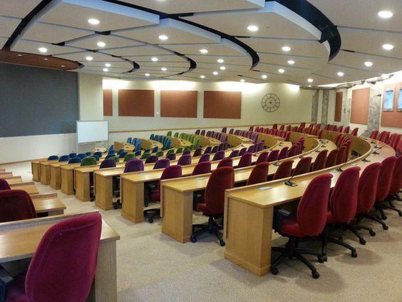 Die Person, die diesen Hörsaal designt hat. | 23 Menschen, die sofort eine saftige Gehaltserhöhung bekommen sollten