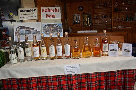 Distillerie des Monats Juni ist die GRAPPA-Distillerie «Marolo» in Alba. Wenn der Sommer endlich kommt, ist nicht unbedingt «Whiskytime», sondern eher Zeit für Grappa oder Rum. Aus diesem Grund wurde für den Monat Juni die Grappa-Distillerie «Marokko» in Alba ausgewählt: Eine eher kleiner Familienbetrieb, der auf gute Qualität setzt! Paolo Marolo und sein Sohn Vinzenzo sind mit Leib und Seele dabei, immer wieder neue Kreationen und noch mehr Aromen aus dem Rohmaterial zu holen.