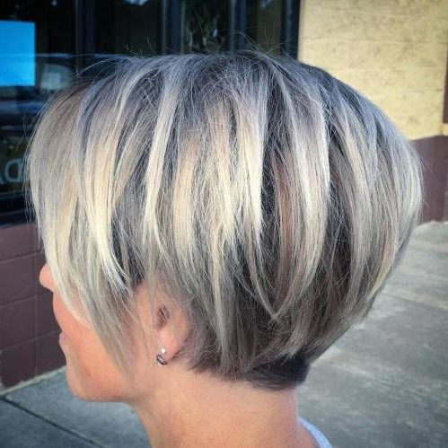 50 Umwerfende Einfache Kurze Frisuren Fur Feines Haar 2019 Haarschnitt Bob Haarschnitt Graue Haare