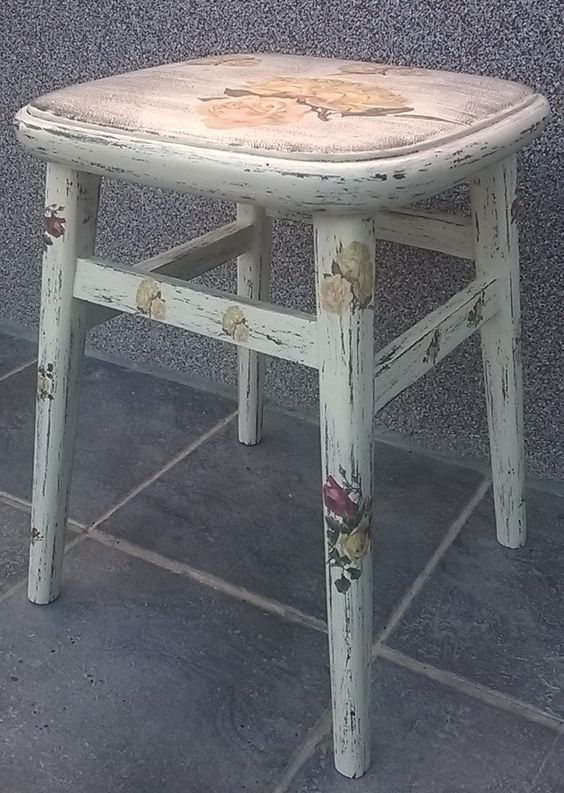 Old chair - shabby chic with roses