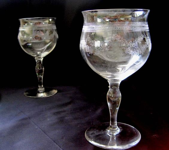 Drinkware Etched Glass Leaves