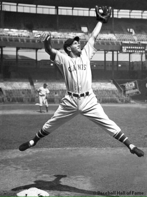 1933 At The Polo Grounds Ny Giants Hall Of Fame Outfielder Mel Ott Loosens Up Before A Game Major League Baseball Stadiums Giants Baseball Baseball Players