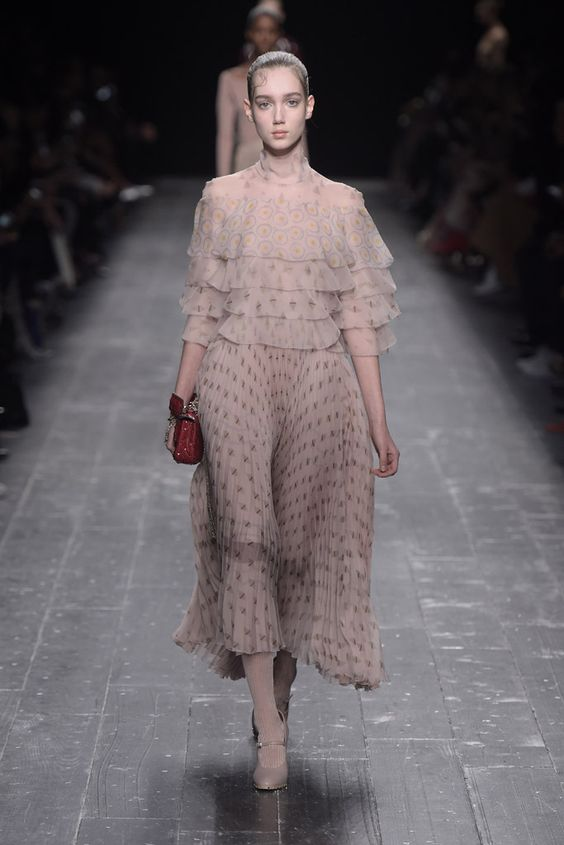 Valentino RTW Fall 2016 PFW ph Giovanni Giannoni: