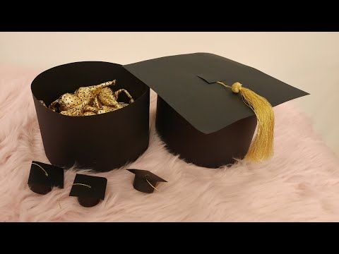 قبعة تخرج ذهبي