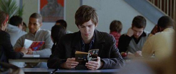 Freddie Highmore reads.
