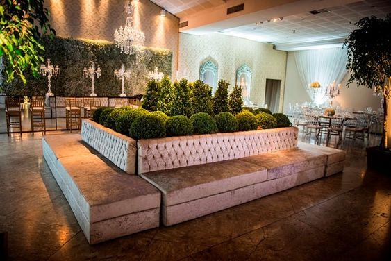 Decoração branca: lounge sofisticado para festas