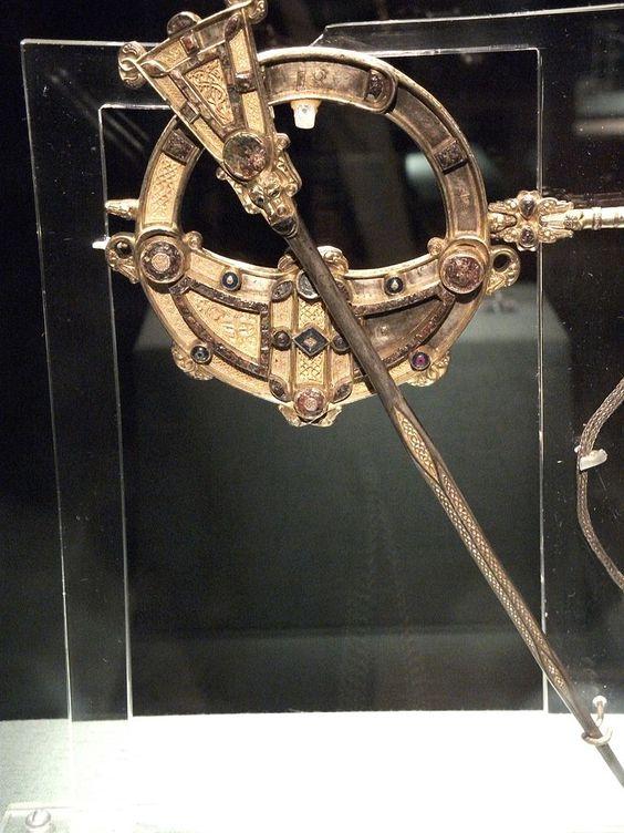 Tara Brooch, Irish, about 700 AD (National Museum of Ireland, Dublin)