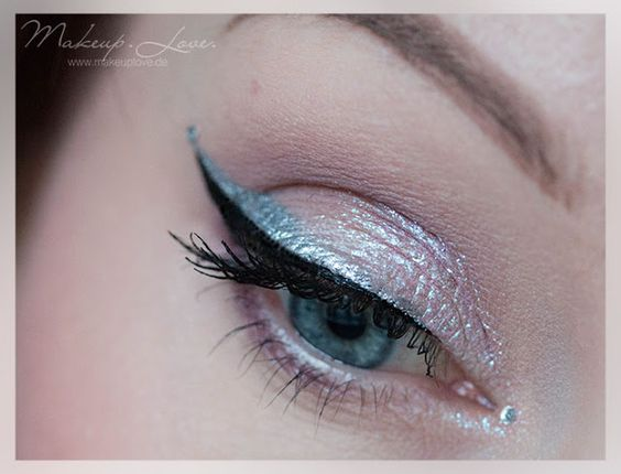 Silvester Look | silver glitter eyes with fyrinnae + colourpop