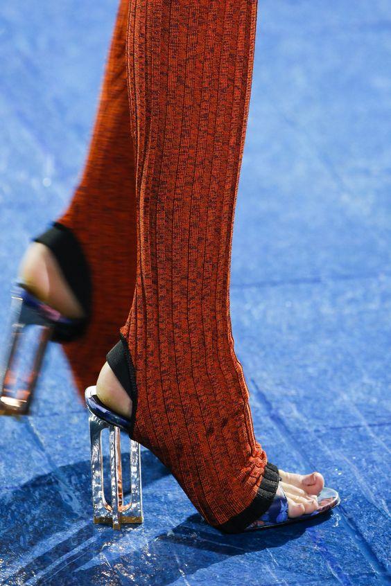 Mary Katrantzou Spring 2016 Ready-to-Wear Fashion Show - Jamilla Hogenboom