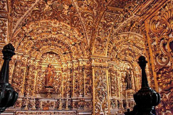 Interior da Igreja de São Francisco em Salvador-Bahia