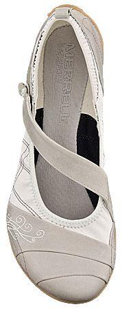 Essentials | Walking around shoes for travelers » Merrell Wonder Glove